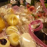 焼き菓子と雑貨のコラボディスプレイ