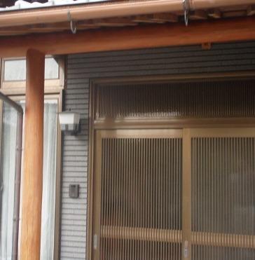 三木市T様邸:玄関柱・梁塗装アフター