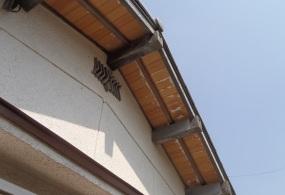 加古川市M様邸:垂木・軒天塗装ビフォー