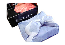 化粧箱に入れ、通販しおり1枚、ガスパック説明書を添えて丁寧に梱包いたします。